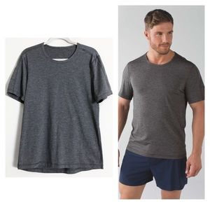 Lululemon men's training short sleeve tee shirt